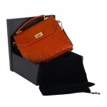 fertige Handtasche